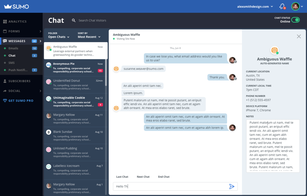 Screenshot showing the live chat function on Sumo