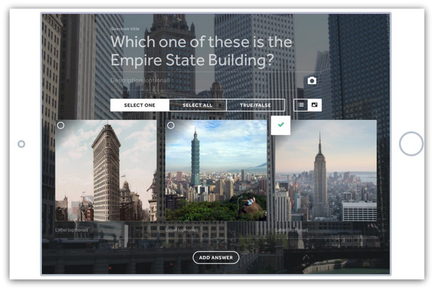 Screenshot showing a simple quiz about buildings