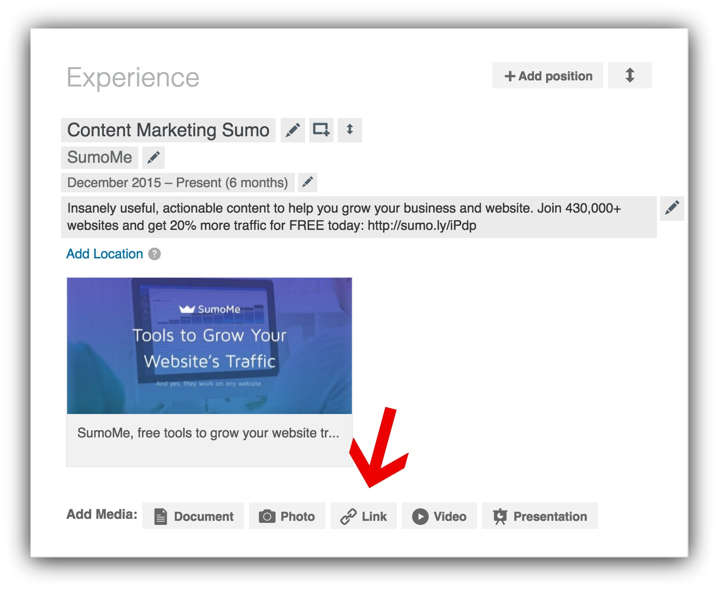 Screenshot showing how you can add a link to a resume
